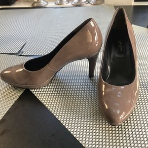 Paul Green Brown/Grey Patent Leather Pumps